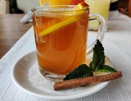 Горячий чай с пряностями
