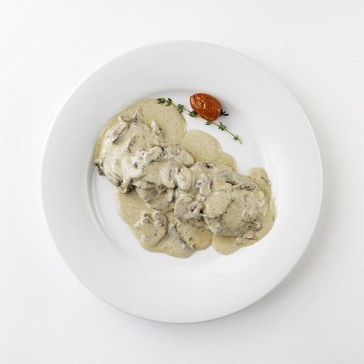 Телятина в сливочно-грибном соусе