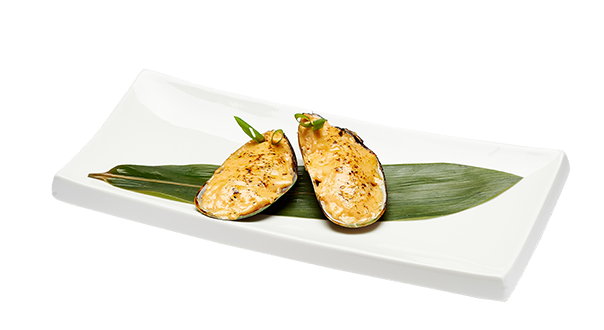 Мидии запеченные с сырным спайс соусом