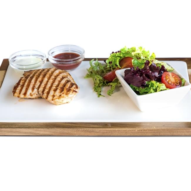 Фото Стейк из индейки с легким салатом