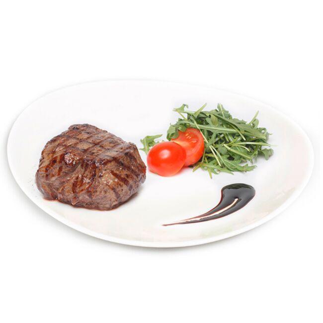 Фото Стейк из говядины с рукколой и томатом